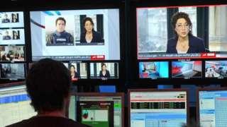 File photo of BBC Persian television channel studio (2009)