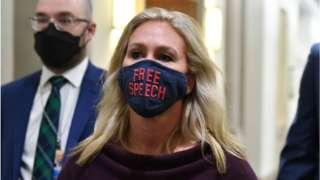"The congresswoman wears a mask supporting ""free speech"""