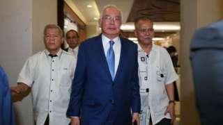 Najib Razak entering the court