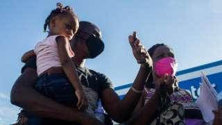 Imigrantes haitianos em Del Rio