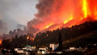 Mount Cumbre Vieja erupts in El Paso, spewing out columns of smoke, ash and lava