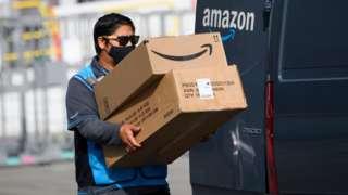 Amazon delivery driver in California 2021