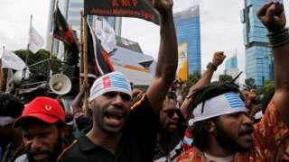 Mahasiswa Papua menuntut referendum dalam protes di Jakarta pada 1 Desember 2016.