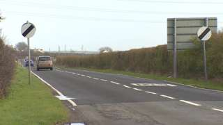 A5025 between Valley and Llanynghenedl