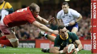 Jesse Kriel scores try for South Africa