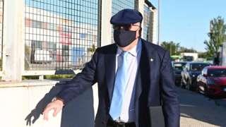 Villarejo arrives at court