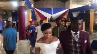 Di couple wey dey wed as dem dey comot church
