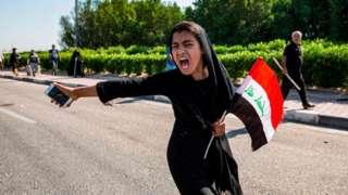 متظاهرة في ميناء ام قصر في البصرة