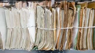 Vários arquivos de papel