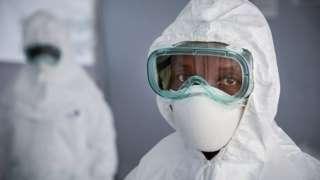 Kampeni kubwa ya chanjo dhidi ya Ebola ni moja kati ya njia iliyofanikiwa katika kupambana na kusambaa kwa ugonjwa wa Ebola