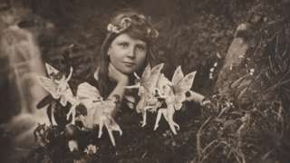 Cottingley Fairies picture