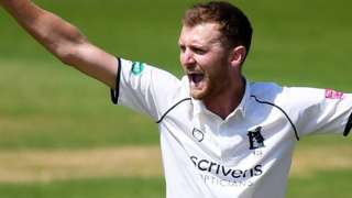 Warwickshire's Oliver Hannon-Dalby was making his first Championship appearance of 2019, having previously been used chiefly in one-day cricket