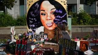 A memorial for Breonna Taylor in Louisville, Kentucky