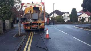 Line painting lorry