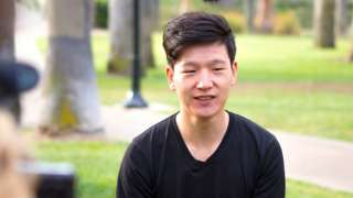 처음에 단순 곱셈도 못 했던 김 씨는 4년 만에 고등학교를 우등졸업했다