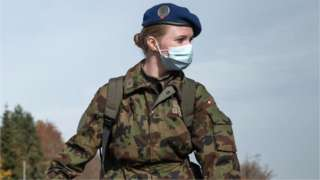 Swiss army reservists wearing protective face masks, 8 November 2020