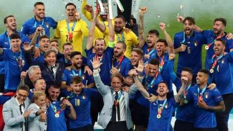 Italy celebrate winning the Euros