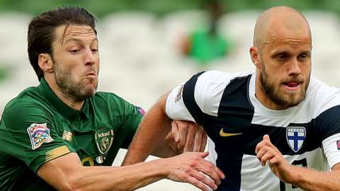 The Republic of Ireland's Harry Arter attempts to keep pace with Finland's Teemu Pukki
