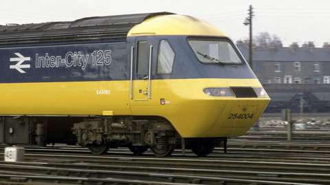 Intercity 125 power unit in old British Rail livery