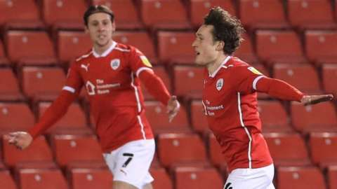 Callum Styles celebrates scoring for Barnsley