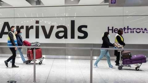 people arrive into Heathrow