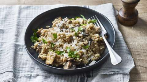 A delicious rice dish made in a single pot.
