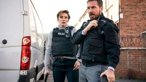 Martin Compston as Steve and Vicky McClure as Kate in Line of Duty