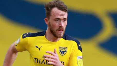 Sam Long in action for Oxford United