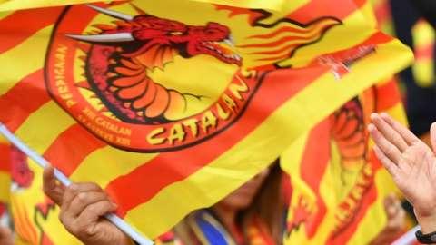 Catalans Dragons flag