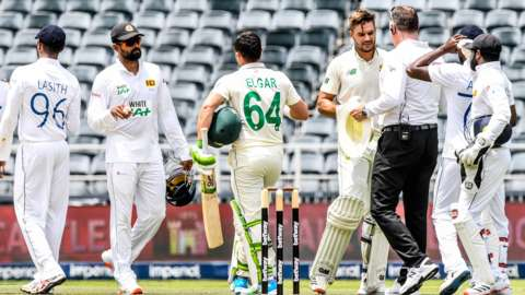 Sri Lanka congratulate South Africa's openers on their 10-wicket victory in the second Test