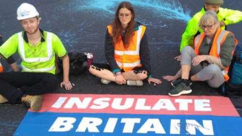 Insulate Britain protest at J18 M25