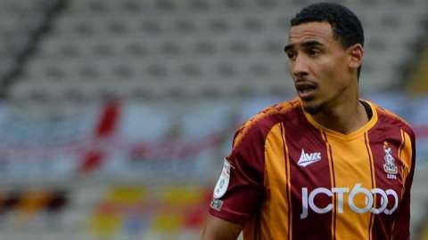Kurtis Guthrie in action for Bradford City