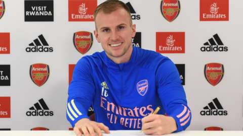Rob Holding signs new Arsenal contract
