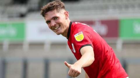 Callum Ainley in action for Crewe Alexandra