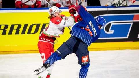 Devils Josh Waller hits a Mannheim player