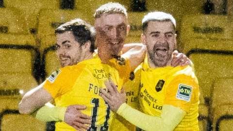 Livingston celebrate