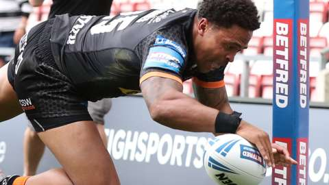Castleford try