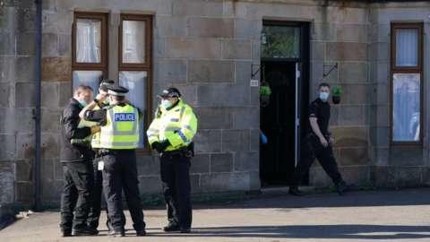 police in new cumnock
