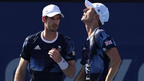Andy Murray (left) and Joe Salisbury (right)