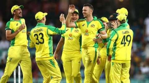 Australia cricket team celebrate win
