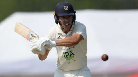 Joe Weatherley batting for Hampshire