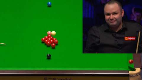 Stephen Maguire hits a double fluke against Neil Robertson at the Masters