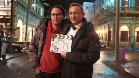 Cary Joji Fukunaga and Daniel Craig on the No Time To Die set
