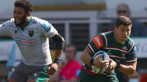 Ben Youngs breaks away for Leicester against Northampton