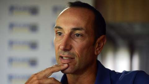 Coach Nic Pothas