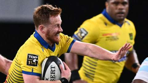 Rory Jennings in action for Clermont Auvergne