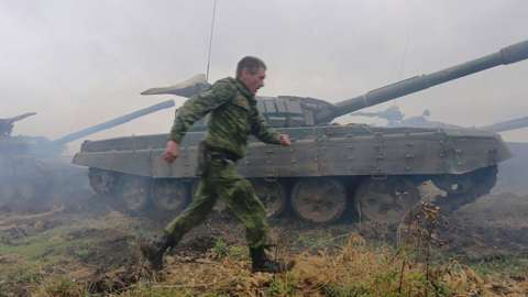 Pro-Russian separatist tanks in Donetsk region, 2015 file pic