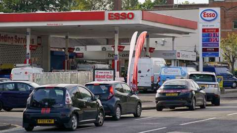 Queues outside a Birmingham Esso station, Tuesday 28 September