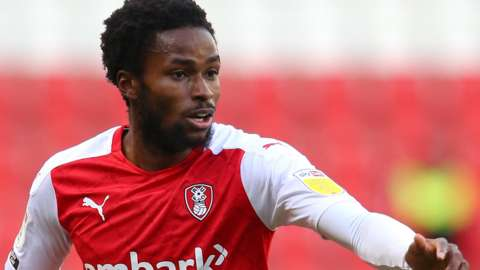 Matthew Olosunde in action for Rotherham
