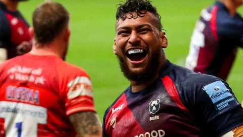 Nathan Hughes celebrates Bristol's second try against Leicester